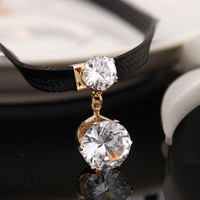 Round Zircon Necklace Chocker