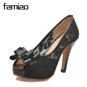 FAMIAO Women's Sexy Peep Toe Lace Party Shoes Fashion Hollow Platform Bowtie Pumps 2018 New Female Elegant High Heels Sandals