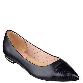 Isaac Mizrahi New York Gayle Leather Flats
