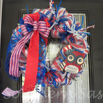 Red, White and Blue Patriotic Deco mesh Wreath with Owl, Door Hanger, Decoration Ready to ship