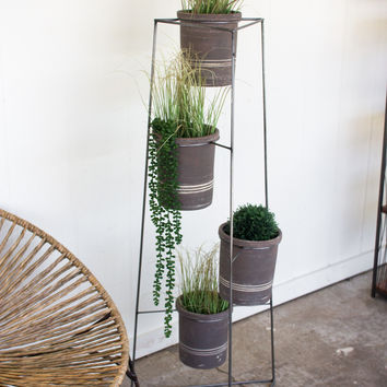 Iron Pot Tower With Four Grey Wash Pots