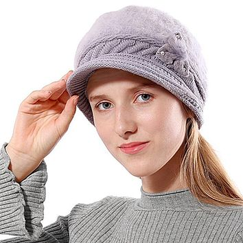 Knitted Woman Hat With Visor
