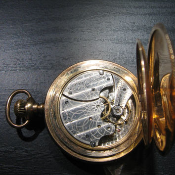 1900s USA Waltham Gold Clad Pocket Watch With Hand Engravings