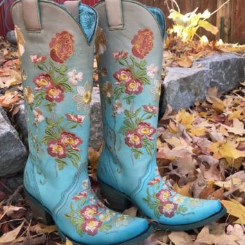 Corral Women's Turquoise/Orange Floral Embroidered Boots