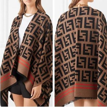 FENDI Classic Fashion Women F Letter Jacquard Temperamental Cloak Cape Type Knit Coat Shawl