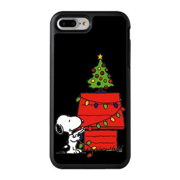 Snoopy And Christmas Tree - Black iPhone 8 Plus Case