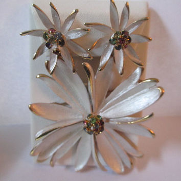 Stunning Brushed Metal White Enamel and Rhinestone Pin and Matching Earrings Clip On Set Vintage