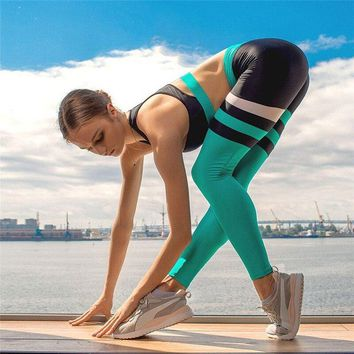 2 Pieces Women Tracksuits Workout Running Sets High Waisted Yoga Sets Sports Bra Hip Up Gym Leggings Tights Fitness Clothing
