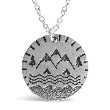 Round Plate Mountain Necklace
