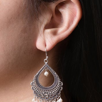 Shalimar Pearl Earrings