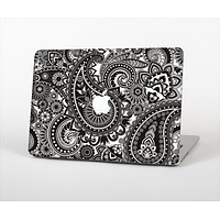 The Black & White Pasiley Pattern Skin Set for the Apple MacBook Pro 15""