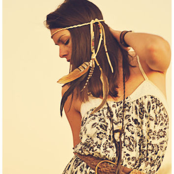 Run to the wild.... OOAK boho feather lariat. CREAM // free shipping domestic, ready to ship, headband, boho