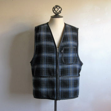 Vintage 80s Levis Plaid Mens Top Levi Strauss Black Blue Plaid Outdoors Wool Sherpa Vest