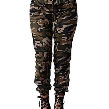 Chic Skinny Chinos Camo Pants
