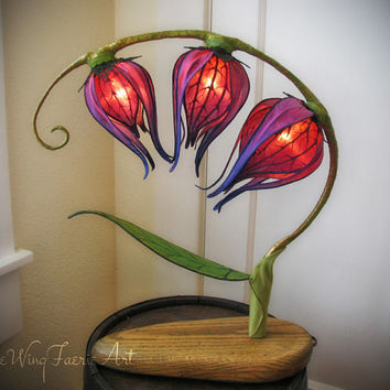 Three Blooms Silk Lily Lamp
