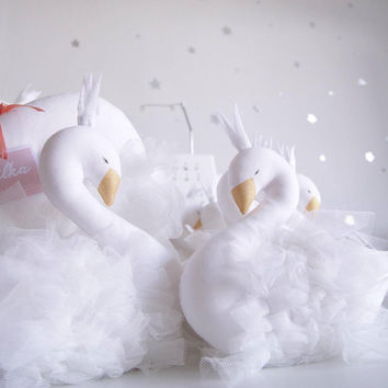 2016 New Fashion Baby Crown Swan Sleeping Pillow Children's Room Decoration Kids Animal Dolls Toys Photography Props