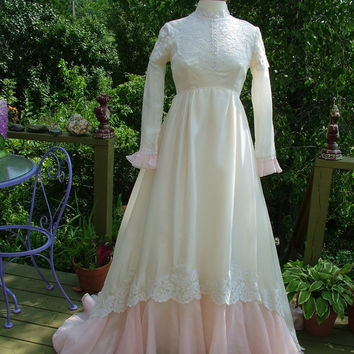 Wedding dress 1970s Vintage gown ivory with pink victorian fantasy flavor bridal gown