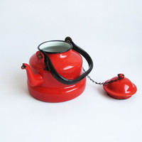 Vintage Red Enamel Teapot /Coffee Kettle /Serving Enamelware Metal Pot - 70s
