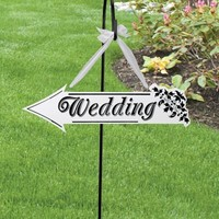 Lillian Rose™ Wedding Arrow Sign