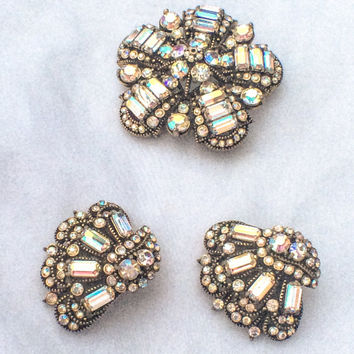 Hollycraft Crystal Glass Brooch Winter Fashion Vintage Jewelry