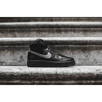 ESBH31 Nike Air Force 1 High LV8 - Triple Black