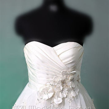 Strapless Sweetheart Short Wedding Dress with Pleated Rouched Bodice and Beading Detail Tea Length Bridal Gown with Lace Hem