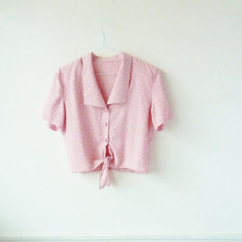 CUTE tie front cropped blouse . BOXY floral pattern . summer . 40s style collar . pink crop top . festival blouse . collared . small medium