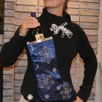 Wine Holder, Ugly Christmas Sweater, woman's Medium, alcohol, wine, novelty, one of a kind, snowflakes, party pocket