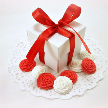 Wedding Candy Favor Boxes AND 125 Sugar Edible Flowers, Bridal Shower Favor, Valentine Gift, Wedding Gift Box, Party Favor, DIY Red Favor