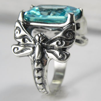 Dragonfly Ring - Gemstone Dragonfly Ring - Dragonfly Jewelry - Silver Ice Winter Aquamarine Blue Whimsical Jewelry - Vintage Inspired