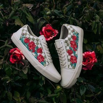 vans old skool dx rose embroidery sneaker