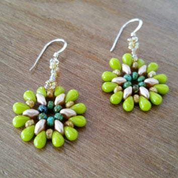 Green and gold earrings, lightweight earrings, bead weaving earrings,  Lime green and gold earrings, Sunburst earrings,  matte gold earrings
