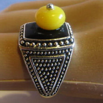 Black Stone Ring 4.2 gr. silver plated with #amber bead #yellow egg yolk butterscotch gift square shape for adult women