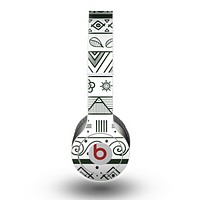 The Black & White Floral Aztec Pattern Skin for the Beats by Dre Original Solo-Solo HD Headphones
