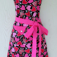Valentine's Day Apron, Retro Style Full Apron, Hearts, Red and Pink, KitschNStyle