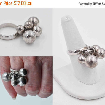 ON SALE Vintage 925 Sterling Silver Dangle Ball Ring, Dangling Balls, Modernist, Cluster, Size 8, Bold, Chunky, Statement, Fabulous! #b801