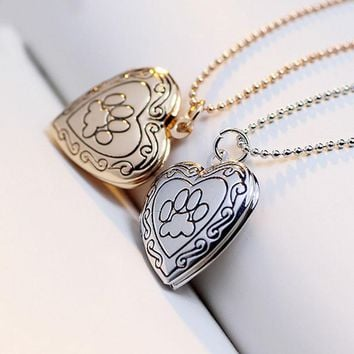 New Fashion Locket Necklace Valentine Lover Gift Animal Dog Paw Print Photo Frames Can Open Locket Necklace Heart Pendants Women