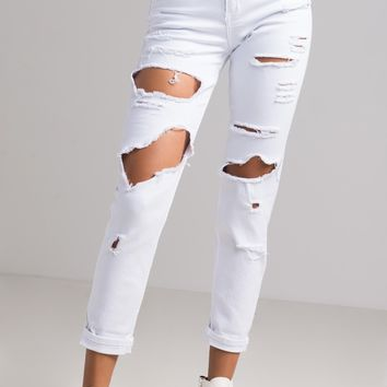 AKIRA High Rise Straight Fit Distressed Ripped Denim Boyfriend Jeans in White