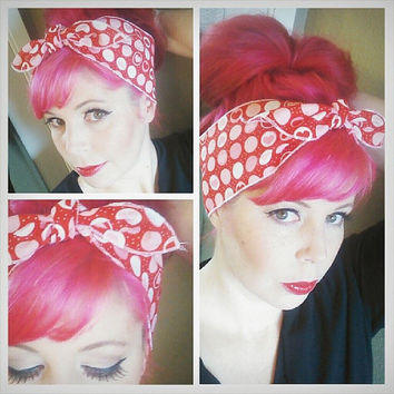 Love Hearts one sided WIDE Headwrap Bandana Hair Bow Tie 1950s Vintage Style - Rockabilly - Pin Up - For Women, Teens