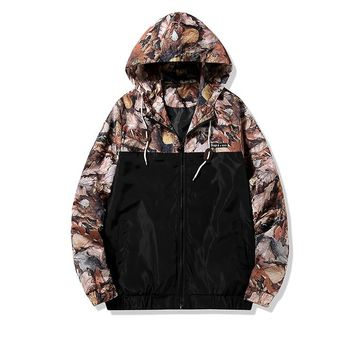 Men's Tactical Outdoor Hooded Windbreaker Hunting Leaves Camouflage Jacket