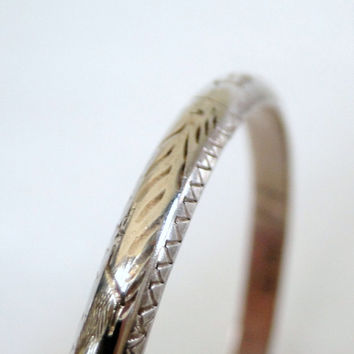 Sterling Bracelet Etched Art Deco Design Hinged Bangle Vintage Style with Safety Chain Affordable Gifts for Holidays