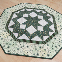 St Patrick's Day Quilted Table Topper 420