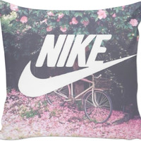 ⭐️' COUCH PILLOW NIKE '⭐️