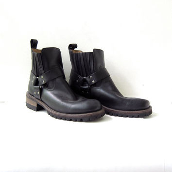 Vintage black leather Harness boots. mens ankle boots. size 10