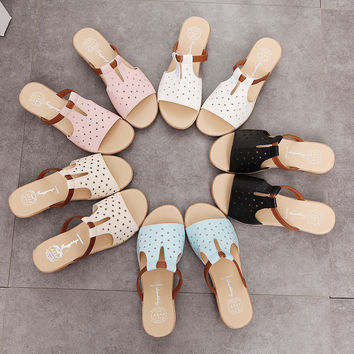 2017 New Spring Summer Women Sandals Korean Female Slippers Low Heels Sandals A Soft Bottom Drag Woman Sandals