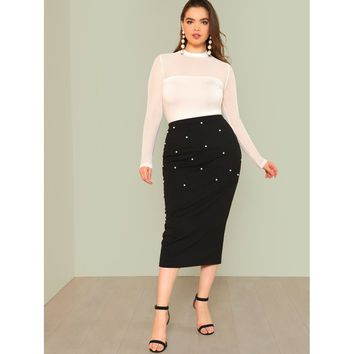 Plus Size Black Pearl Beaded Ribbed Knit Skirt