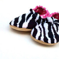 Zebra shoes Girl Shoes baby shoes Toddler shoes handmade shoes soft sole shoes baby booties