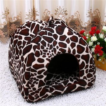 Fleece Cat Tent Bed 2017 New Pet House Foldable Soft Warm Leopard Print And Strawberry Cave Cat Dog Bed Cute Kennel Nest Dog