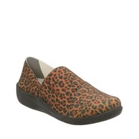 Clarks Cloudsteppers Collection Sillian Firn Leopard Print Shoes