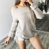 NAOMI OFF SHOULDER SWEATER(GREY)